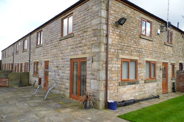 Thumbnail Barn conversion to rent in Moss Hall Road, Heywood, Lancashire
