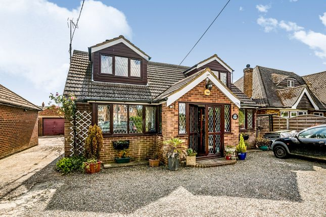 Thumbnail Bungalow for sale in Dunstable Road, Dagnall, Berkhamsted