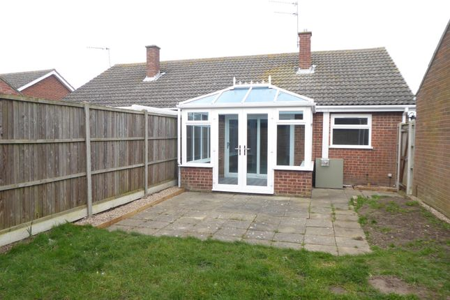 Semi-detached bungalow to rent in Bridge Meadow, Hemsby, Great Yarmouth