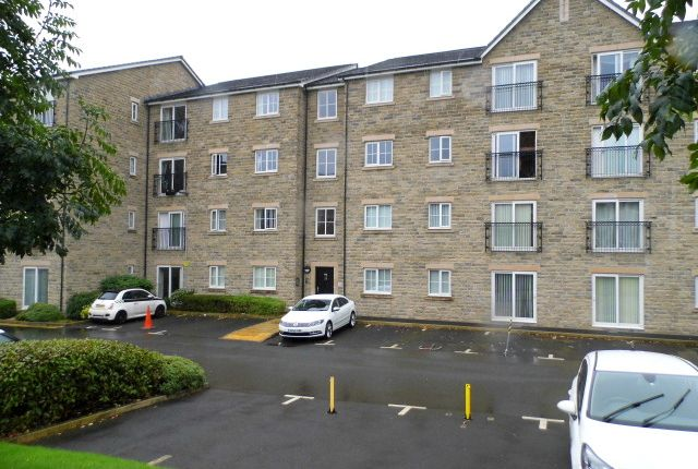 Thumbnail Flat to rent in Bramble Court, Stalybridge