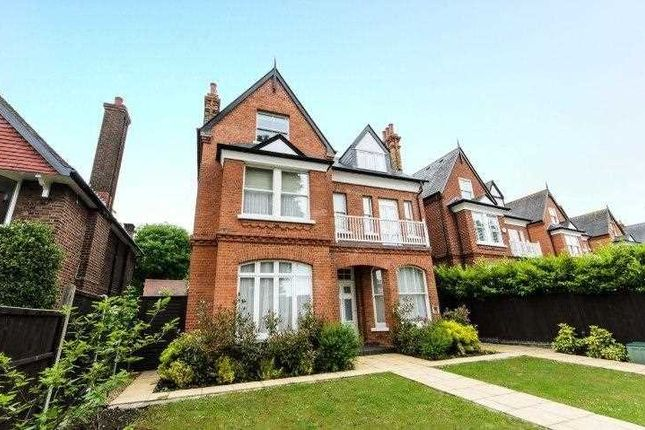Thumbnail Flat to rent in Helena Road, London