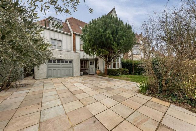 Thumbnail Property for sale in Chatsworth Road, Mapesbury, London