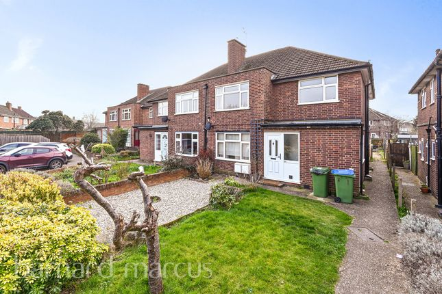 2 bed maisonette for sale in Mayfield Close, Thames Ditton KT7