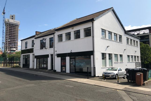 Retail premises to let in Blandford Street, Newcastle Upon Tyne