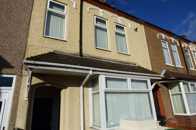 Thumbnail Flat to rent in Abbey Road, Grimsby