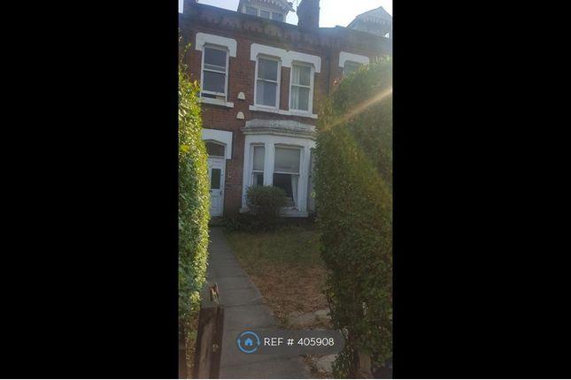 Thumbnail Maisonette to rent in Clarendon Road, Leeds