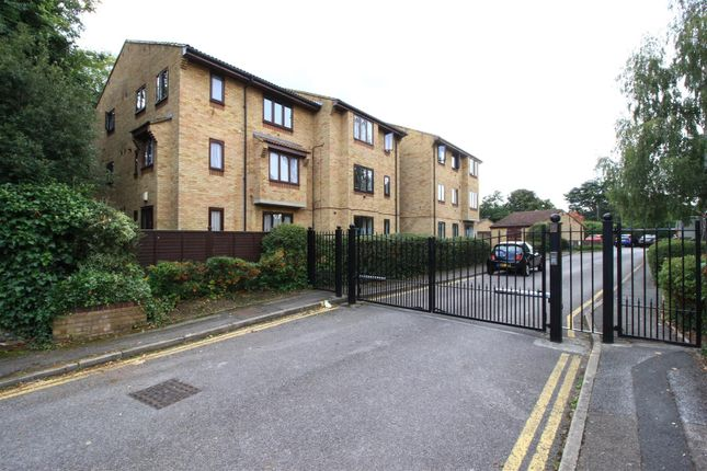 Studio for sale in Ludford Close, Croydon CR0
