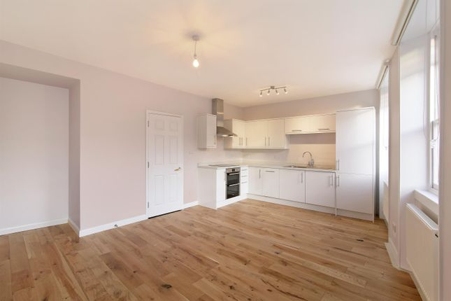Thumbnail Flat to rent in Camberwell Church Street, Camberwell, London
