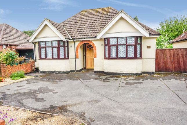 Thumbnail Detached bungalow for sale in Botley Road, North Baddesley, Southampton