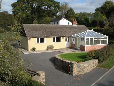 3 bed detached bungalow for sale in Rock Road, Crossgates, Powys
