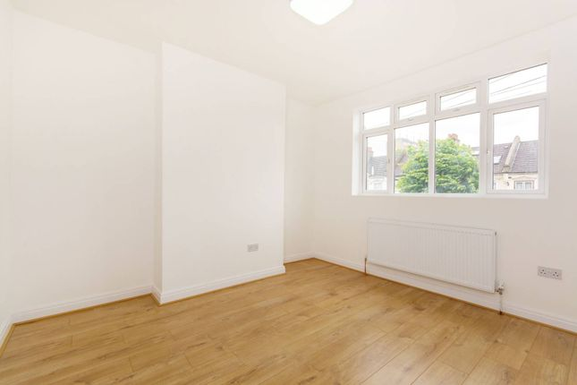 Thumbnail Terraced house to rent in Stanley Road, Croydon
