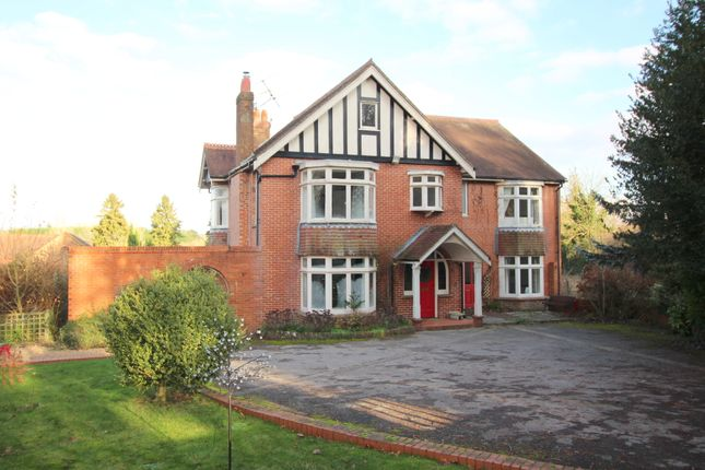 Thumbnail Detached house for sale in Bishops Sutton Road, Alresford