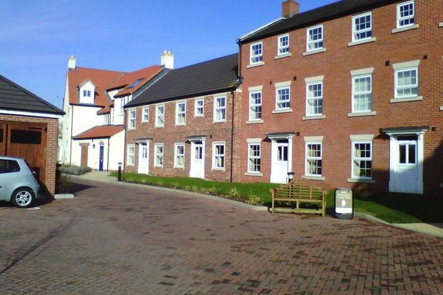 Thumbnail Flat for sale in Ancholme Mews, Brigg