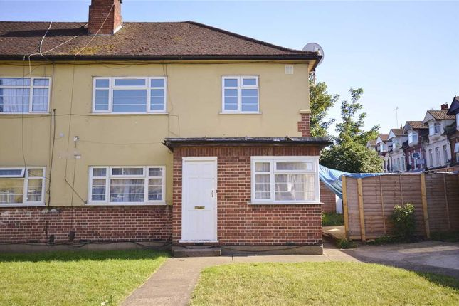 Thumbnail Maisonette to rent in Lambs Close, Winchester Road, London