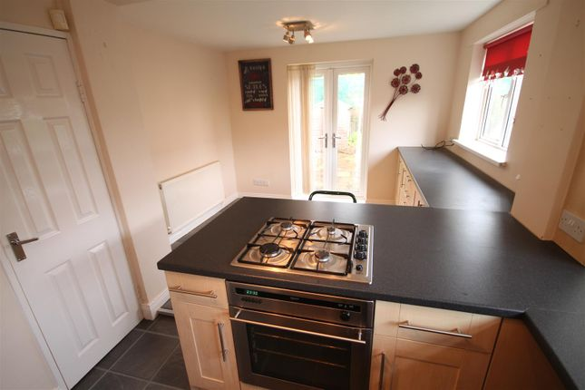 Further Kitchen Image
