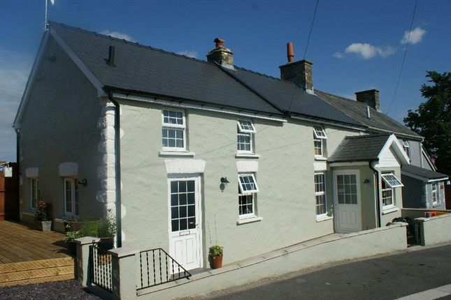 Thumbnail Cottage for sale in Croeslan, Llandysul, 4Sl