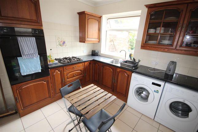 Thumbnail Semi-detached house to rent in Denzil Avenue, Southampton