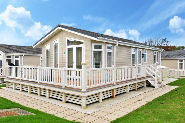 Mobile/park home for sale in Naish Estate, Barton On Sea, New Milton