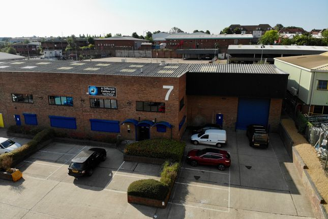 Thumbnail Warehouse to let in Dunhams Lane, Letchworth
