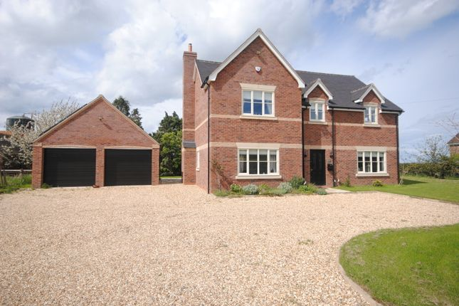 Thumbnail Detached house to rent in Charlton, Telford