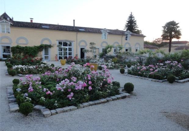 Thumbnail Country house for sale in Stable Block Conversion, Landes, Aquitaine
