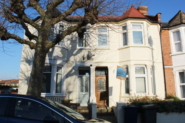 Thumbnail Terraced house to rent in Long Lane, East Finchley