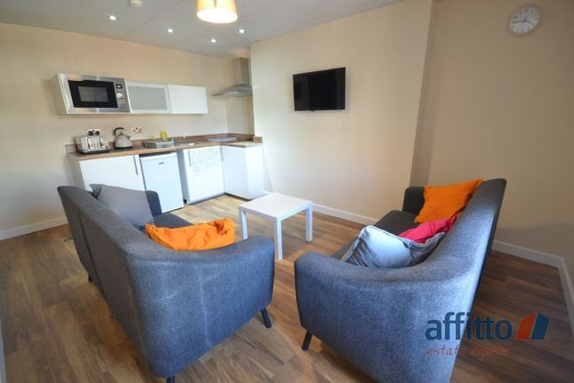 1 bed flat to rent in Pipers Row, Wolverhampton