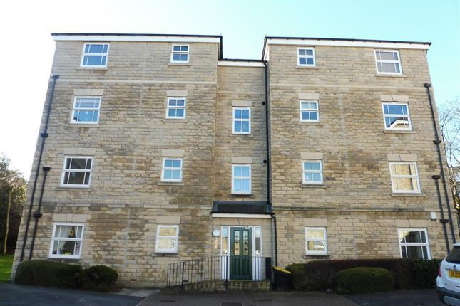 Thumbnail Flat to rent in Bishopdale Court, Halifax