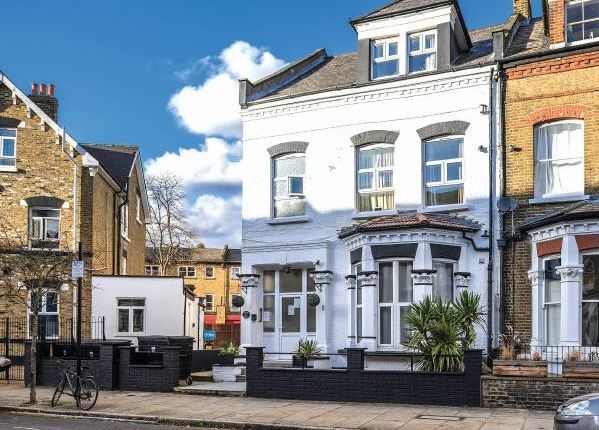 Thumbnail Terraced house for sale in Princess Hotel, 1 Gloucester Drive, Finsbury Park