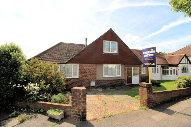 Thumbnail Bungalow for sale in Fairford Avenue, Barnehurst, Kent