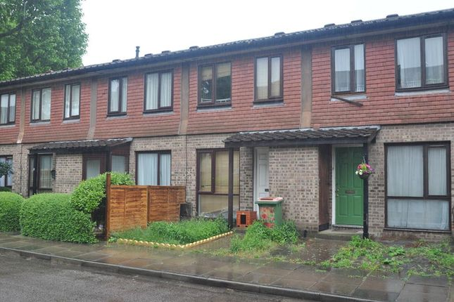 Thumbnail Terraced house for sale in Jefferson Close, London