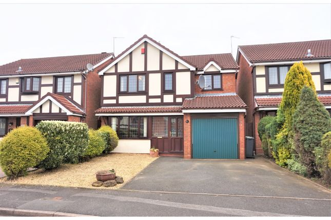 Thumbnail Detached house for sale in Valleyside, Walsall