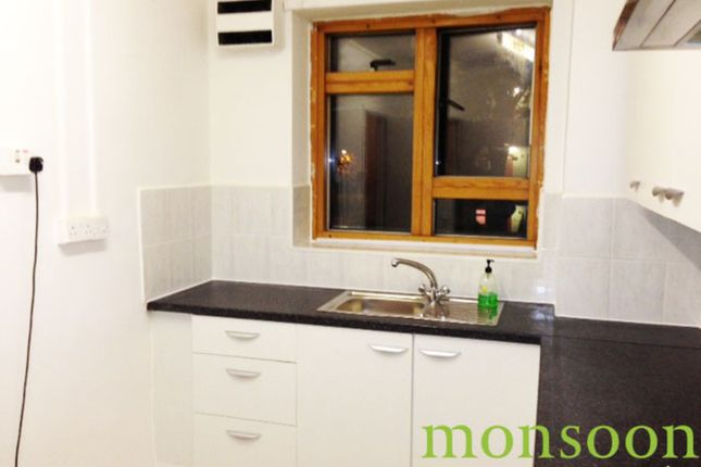 Thumbnail Flat to rent in Ossulston Street, London