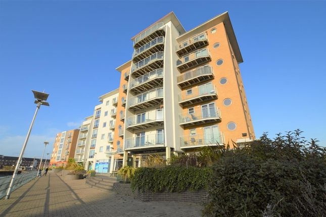 2 bed flat to rent in Caelum Drive, Colchester