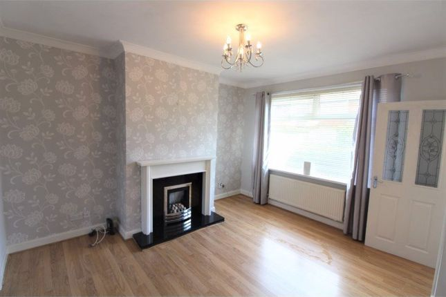 Thumbnail Property to rent in Mount Pleasant Road, Denton, Manchester