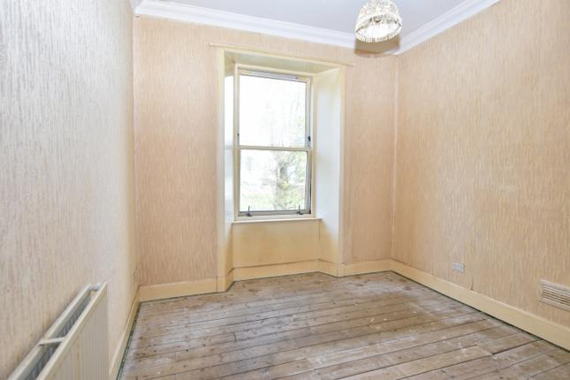 Bed 2 of Flat 1/2, 52 Kelly Street, Greenock PA16
