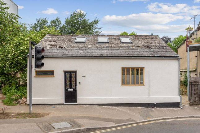 Thumbnail Detached house for sale in Bath Street, Stroud