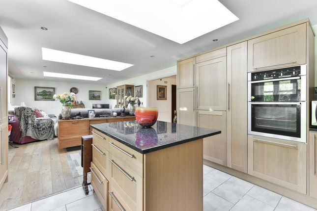 Flat for sale in Portsmouth Road, Esher