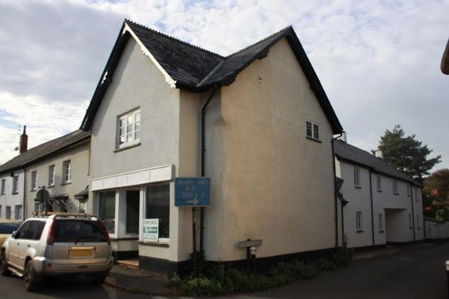 2 bed end terrace house for sale in Exeter Road, Silverton, Exeter