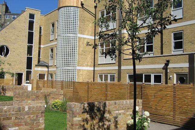 Thumbnail Flat to rent in Kay Street, Cambridge Heath