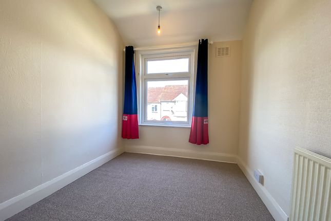 Bedroom of Batsford Road, Coundon, Coventry CV6