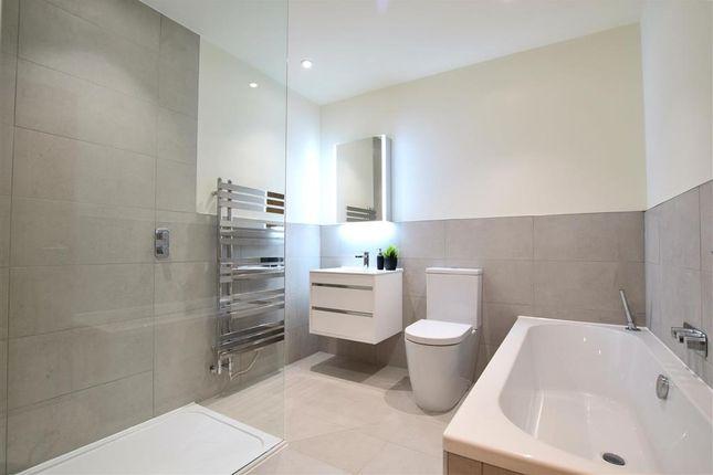 Bathroom of School Lane, Uckfield, East Sussex TN22