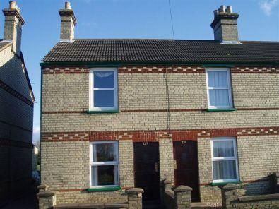 Thumbnail End terrace house to rent in High Street, Offord Cluny