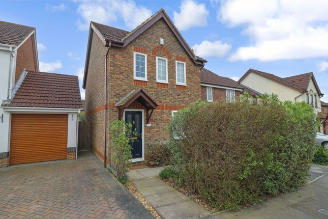 Thumbnail Link-detached house for sale in Leatherhead Gardens, Hedge End, Southampton, Hampshire