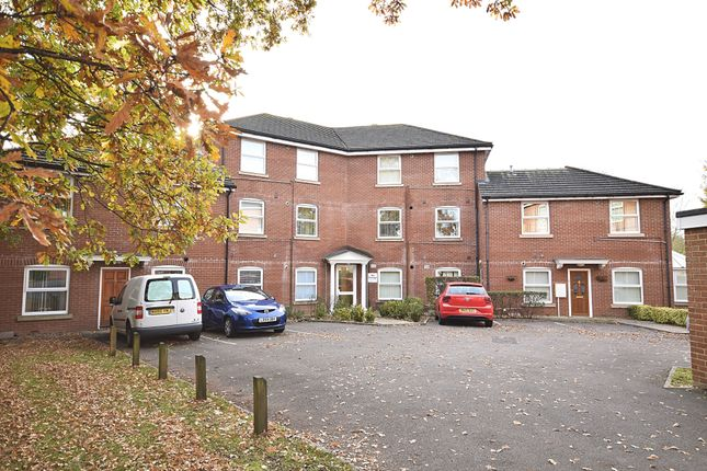 2 bed flat to rent in New Brighton Road, Emsworth PO10