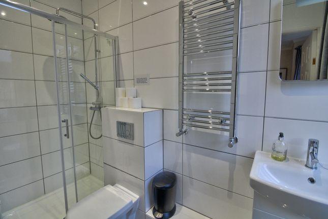En Suite 2 of Kipling Avenue, Bath BA2