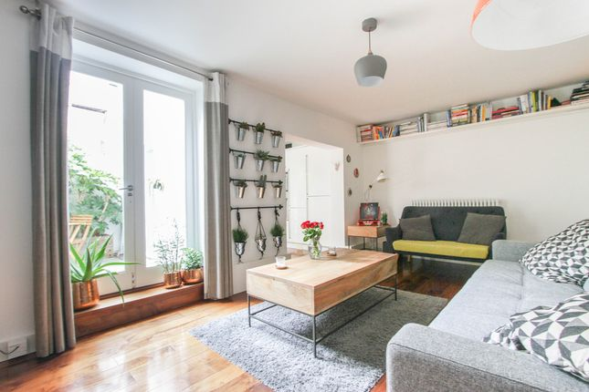 1 bed flat for sale in Clarence Square, Brighton