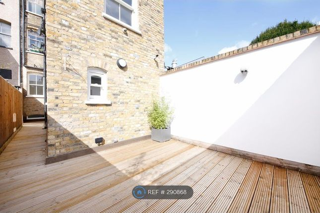 Terraced house to rent in Canal Walk, London