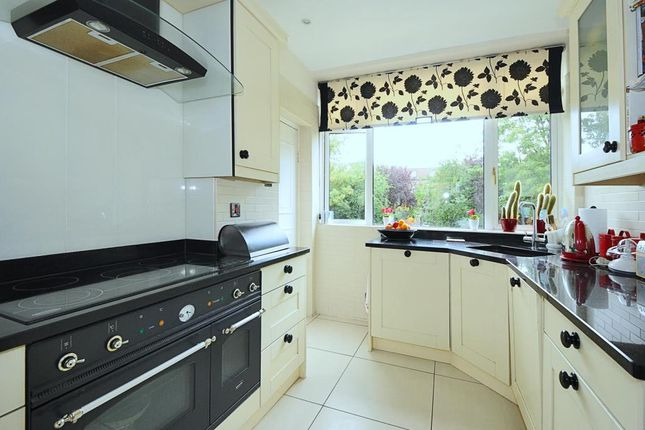 Thumbnail Flat for sale in Avenue Close, St John's Wood NW8,