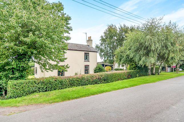 Thumbnail Detached house for sale in Glenside North, Pinchbeck, Spalding
